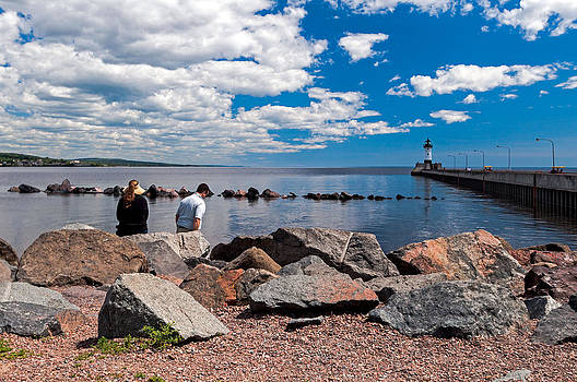 Duluth Waterfront by Lonnie Paulson