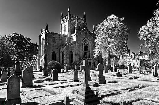 Ross G Strachan - Dunfermline Abbey Infrared