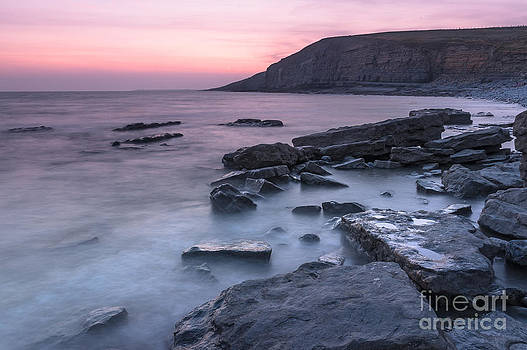 Dunraven Bay by Christopher Llewellyn