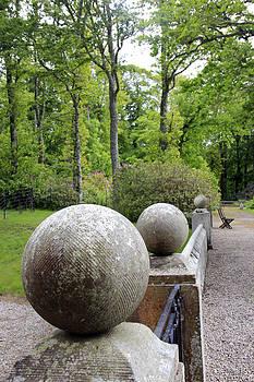 Dunrobin Garden by Gladys Turner Scheytt