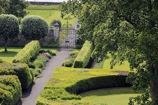 Dunrobin Garden View by Gladys Turner Scheytt