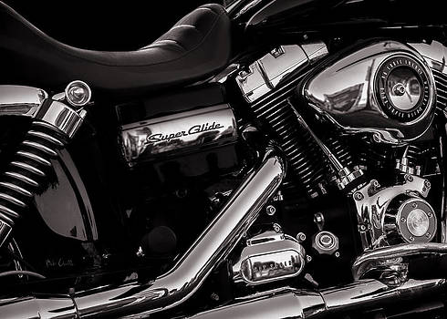 Dyna Super Glide Custom by Bob Orsillo