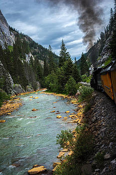 Randall Branham - Early Am Blue Train up River