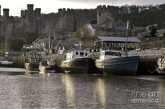 Sunrise in Conwy. by Adrian Hillyard