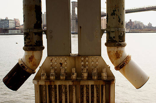 Steve Breslow - East River Pipes