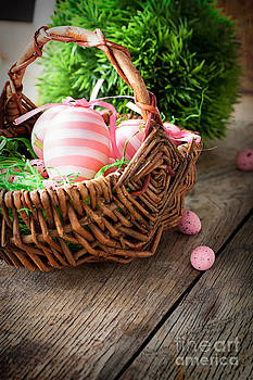 Mythja  Photography - Easter concept