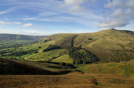 Edale and Grindslow Knoll by Pete Hemington