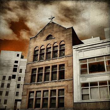 Gothicrow Images - Ominous Clouds Cover The Eerie City Sky