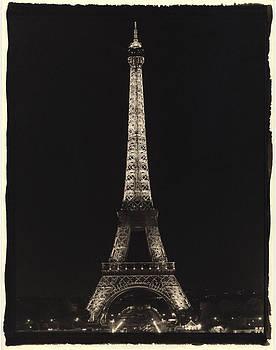 Tour de Eiffel by Gary Auerbach