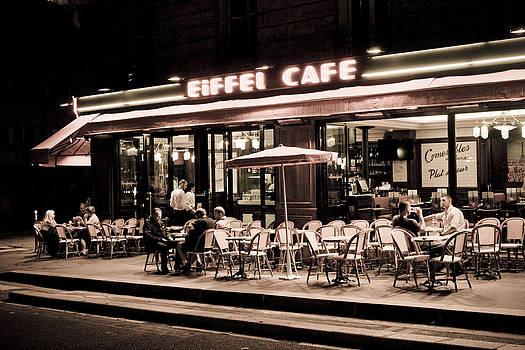 Eiffel Cafe by Craig Sanders