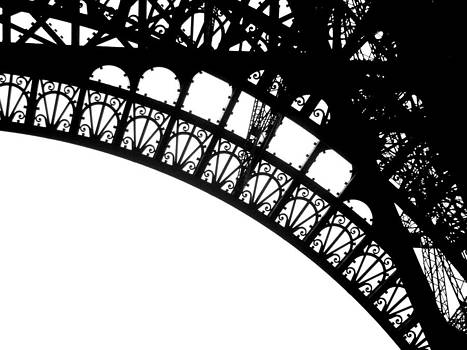 Eiffel Metal crochet  by Rita Haeussler