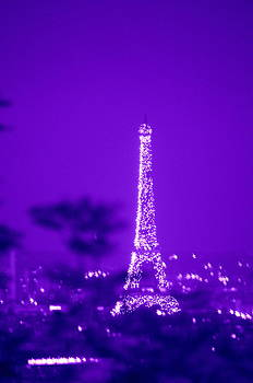 Eiffel Tour Midnight Lights  by Riad Belhimer