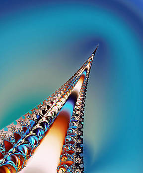 Eiffel Tower Beauty by Faye Giblin