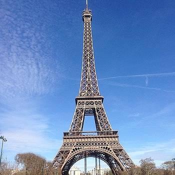 Eiffel Tower by Dan Mason