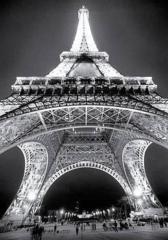 Eiffel Tower by John Gusky