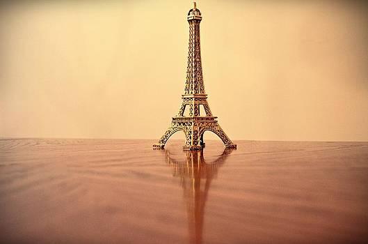 Eiffel Tower by Victoria Dimitrova