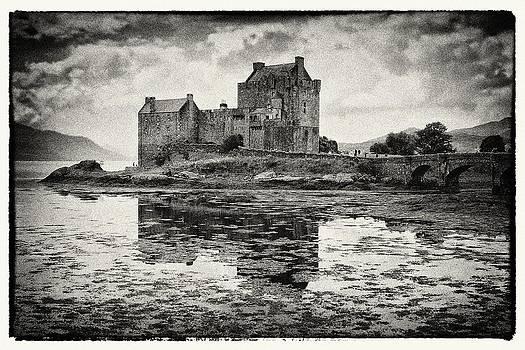 Eilean Donan Castle by Bjoern Kindler