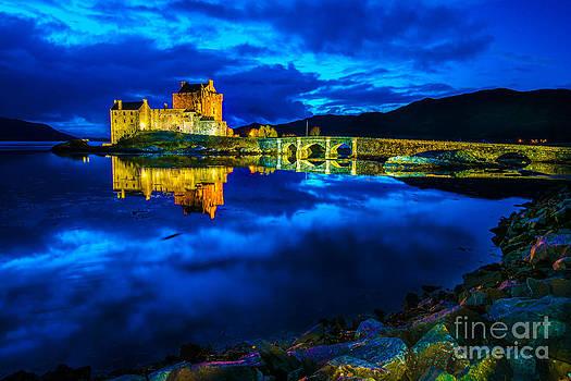 Eilean Donan Castle Scotland III by Lilianna Sokolowska