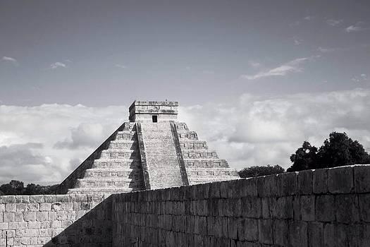 El Castillo by Richie Stewart