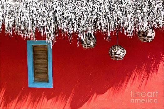 El Muro Roja by Amy Fearn