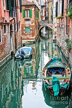 Delphimages Photo Creations - Emerald canal