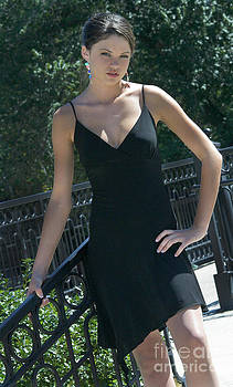 Gary Gingrich Galleries - Emily - LBD - 8812