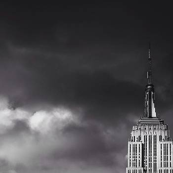 Empire State Building by Erdem Uzunoglu