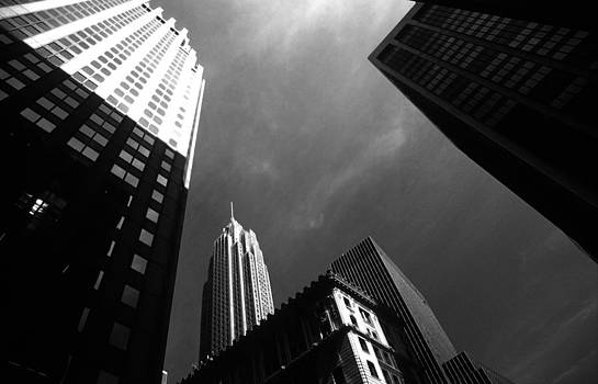 Empire State Building by Henrique Souto