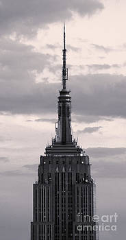 Gregory Dyer - Empire State Building - New York City - black and white