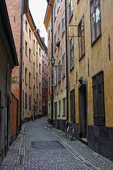 Empty street in Gampla Stan by Alex Sukonkin