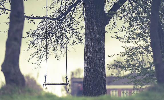 Jenny Rainbow - Empty Swing