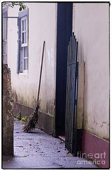 Entrance by Philipe David