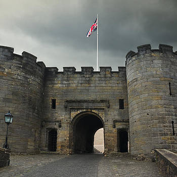 Jane McIlroy - Entrance to Stirling Castle - Scotland