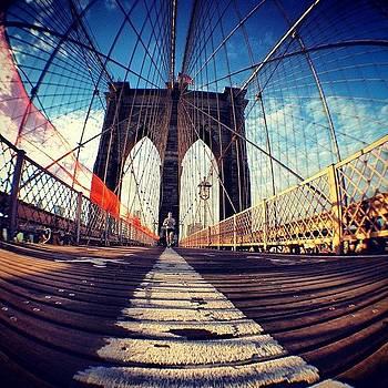 #epic #bkbridge #ilovenewyork #structure by Alejandra Lara