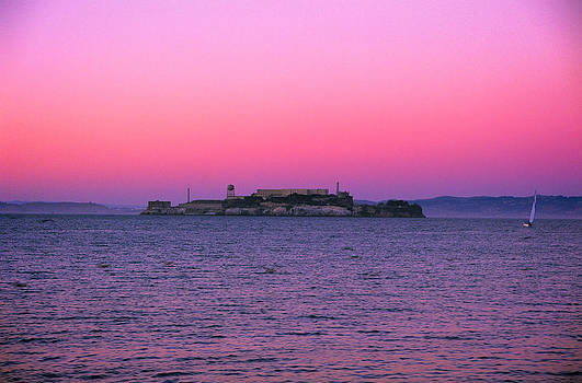 Jeremy Herman - Escape from Alcatraz Under a Pink Sunset in a Sailboat