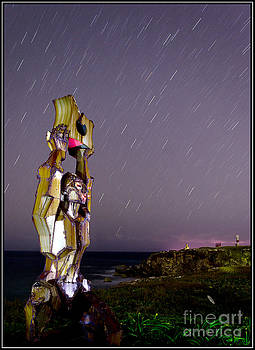 Escultura en el acantilado by Agus Aldalur