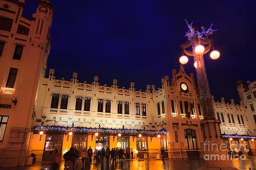 Estacio del Nord railway station in Valencia at night by Peter Noyce