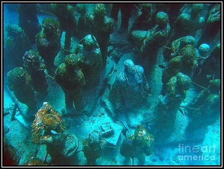 Agus Aldalur - Estatuas submarinas