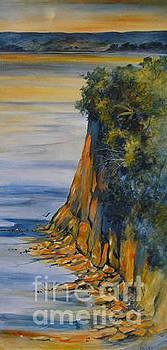 Julia Blackler - Estuary Outlook