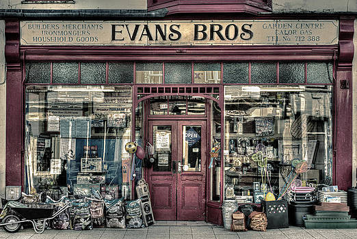 Evans Bros Hardware Emporium by Mal Bray