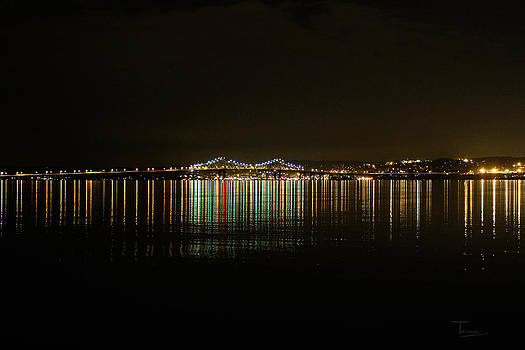 Evening at the Tappan Zee by Tammy Kuiper