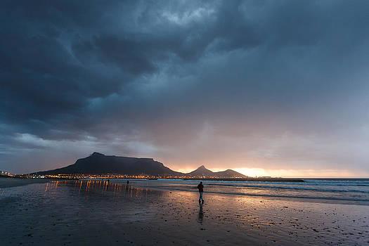 Evening stroll by Paul Indigo