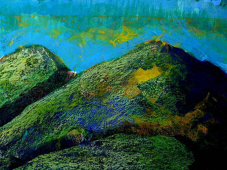 Every Mountain 165 by Aquira Kusume