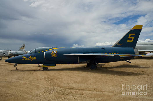 Tim Mulina - F11F Blue Angel 5