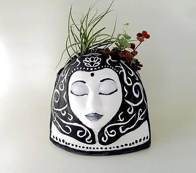 Face Vessel by Jill Taylor