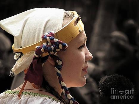 Ellen Cotton - Faire Maiden 3