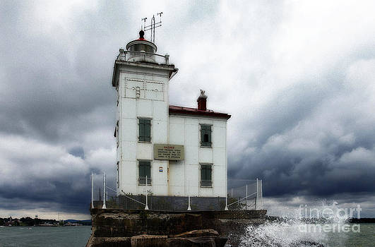Jeff Holbrook - Fairport Harbor West Breakwater Lighthouse