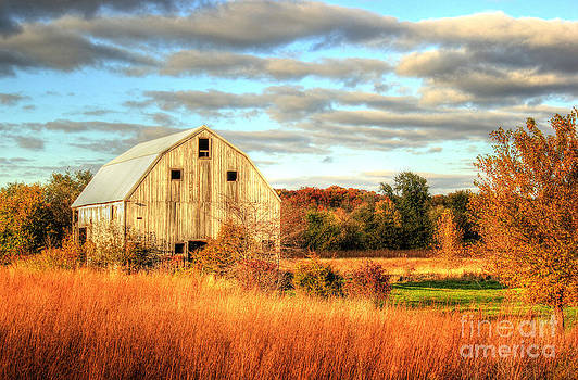 Fall Barn Beauty by Thomas Danilovich