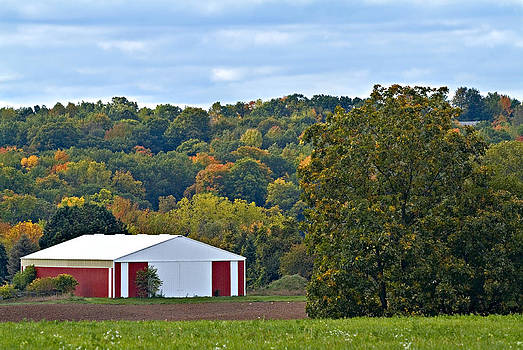 Devinder Sangha - Fall Colors and Barn