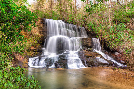 Fall Creek Falls by Dustin Ahrens